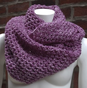 Purple Peppermint Loop Scarf by MaraBianca @ Etsy.com